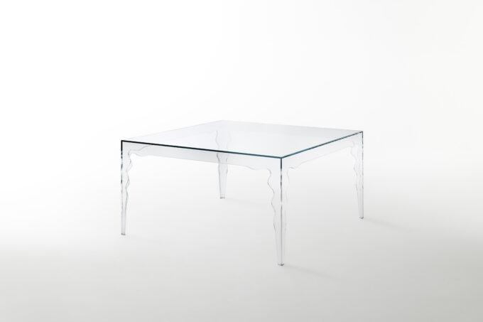 Jabot Table