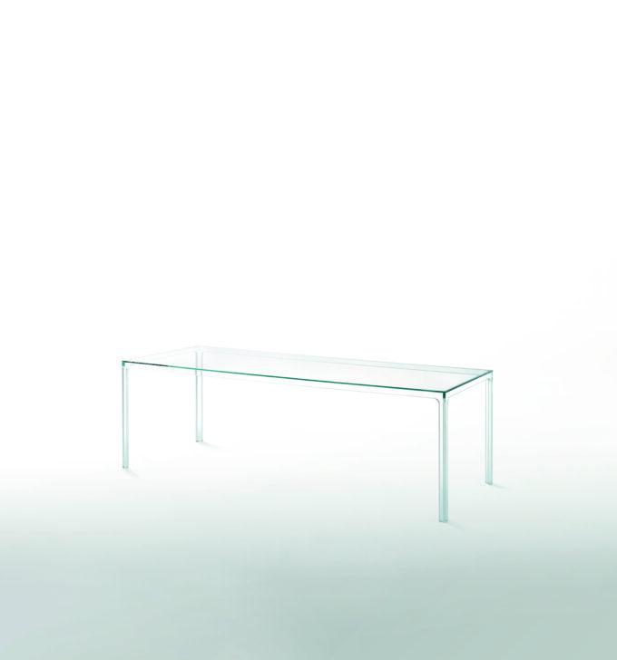 Oscar Table