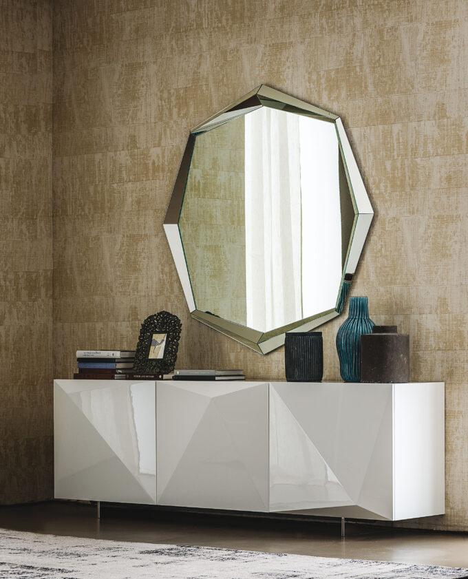 Mirror Emerald