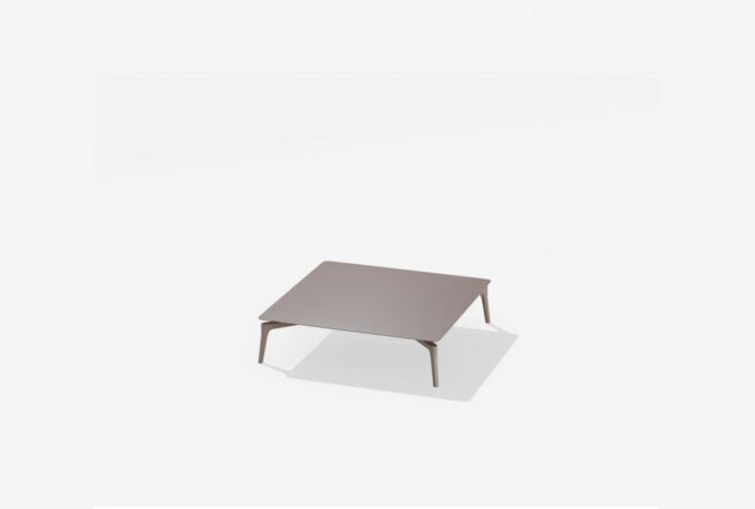 Low square table Aikana