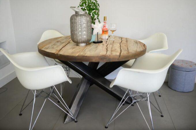 Loft Round Table