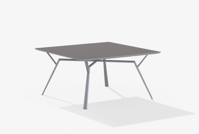 Square Radice Quatra Table