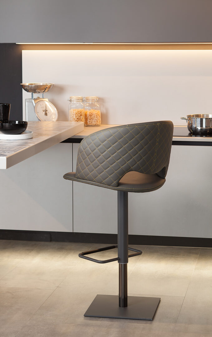 Fashion Barstool Quilted