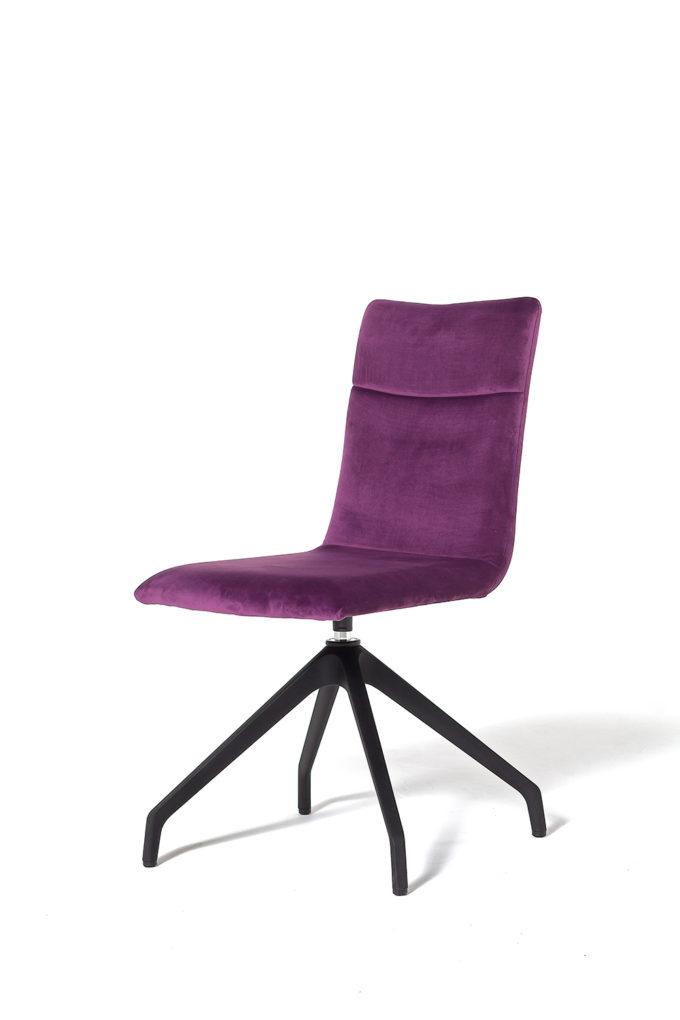 Akila Chair
