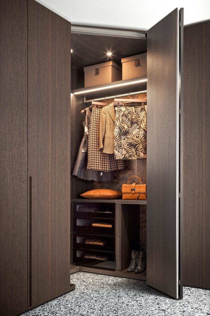 Stretch Wardrobe