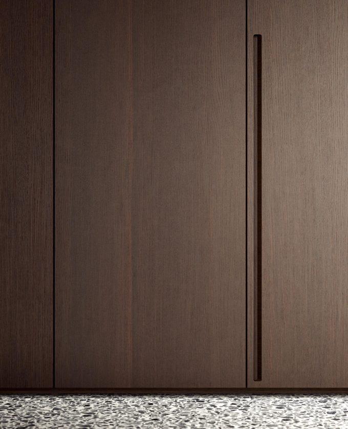 Stretch Wardrobe Door Detail