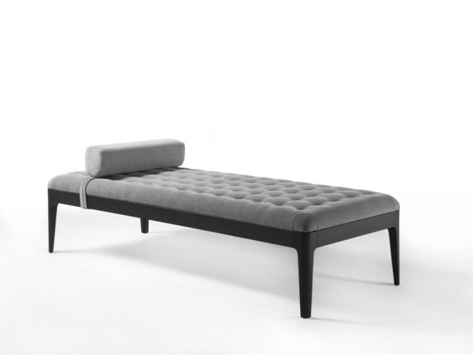 Webby Day Bed