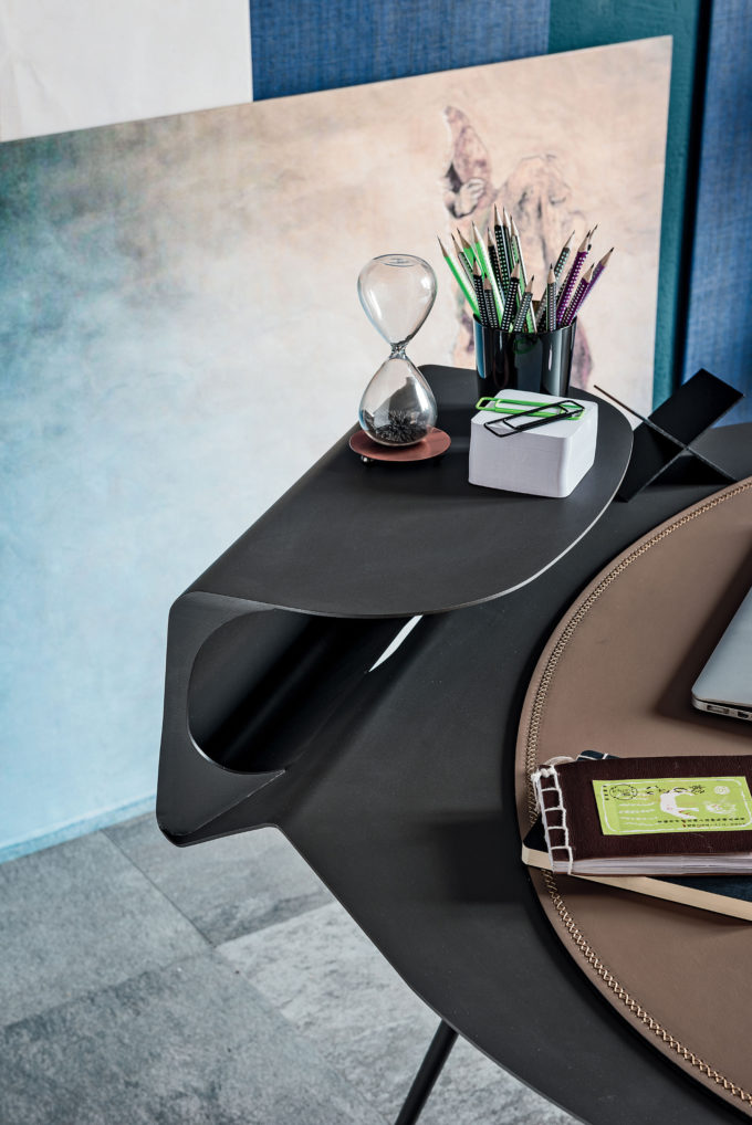 Storm Desk