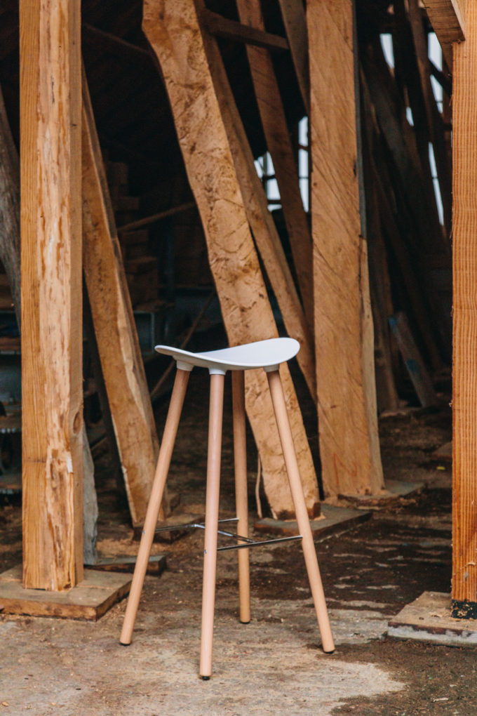 Coma Wood Stool