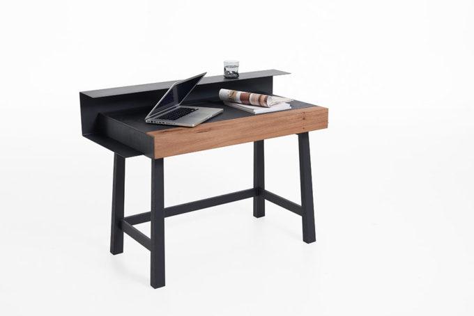 Yoris Desk